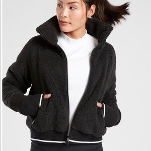 NEW Athleta Tugga Sherpa Jacket Black Cozy Size XL